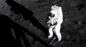 La nica foto de Neil Armstrong sobre la luna